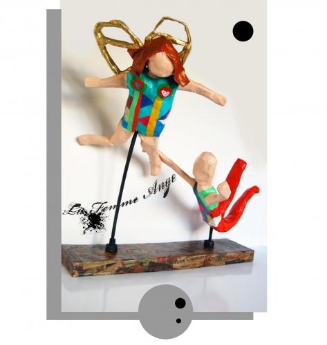 niki de saint phalle,la femme ange,papier mâché,peinture acrylique